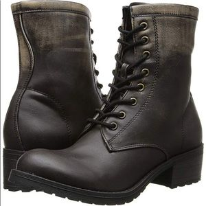 Distressed Combat Boots Like-new condition